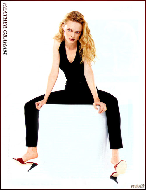 BabeStop - World's Largest Babe Site - heather_graham058.jpg